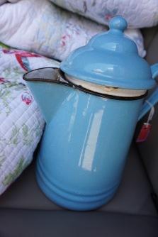 Robin egg tea pot