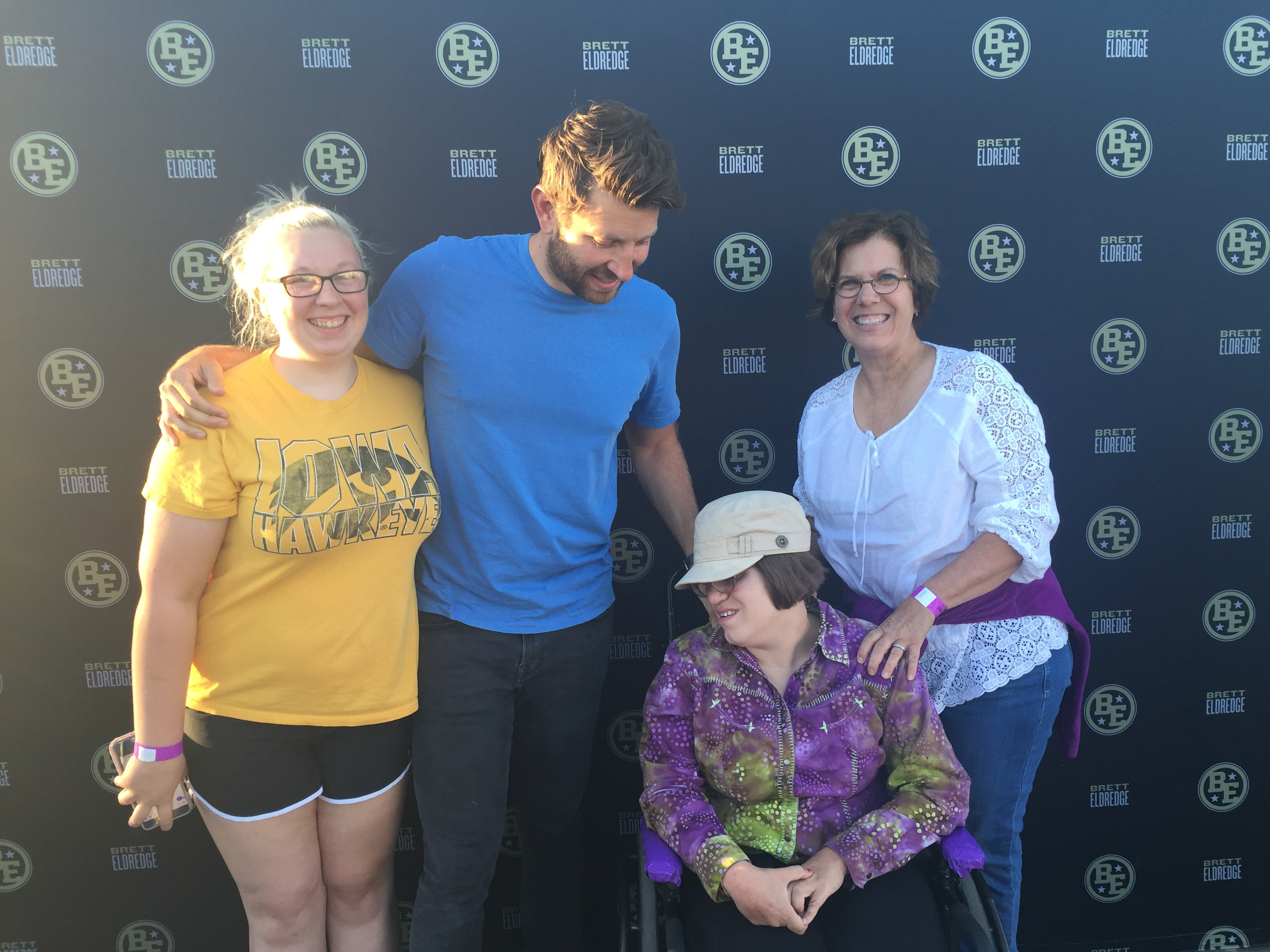 Nice Guy Brett Eldredge Made A Good Impression At The Mississippi